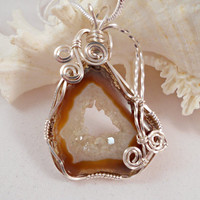 Druzy Jewelry, Wirewrapped Pendant Brown Druzy Agate