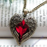Pretty retro copper red crystal heart shape with two angel wings necklace pendant jewelry vintage style