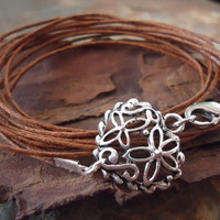 HEARTED wrap bracelet with filigree heart and by AsaiBolivien 7,90 US$