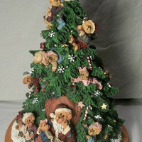 Boyds Bears Lighted Christmas Tree 2001 Danbury Mint Collectable Figurine