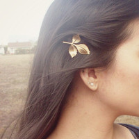 Dryad II - Leaf Bobby Pin - Green Gold - Cute Adorable Boho Indie Rustic Elegant Romantic Whimsical Dreamy Woodland Collection - You Choose