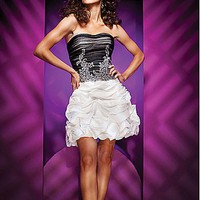 shopsimple.com-product---126-99---Delicate-Tulle---Taffeta-A-line-Strapless-Neckline-Ruched-Homecoming-Dress---Dressilyme-com-p9912341794