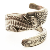 Sterling Silver Spoon Ring Seahorse, Handcrafted in your size (3313)
