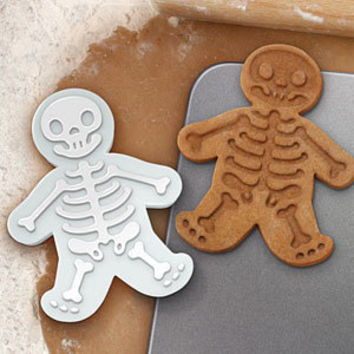 ThinkGeek :: Gingerdead Men Cookie Cutter