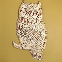 Chippy Wooden Owl Wall Hanging by BrisNanaJoy on Etsy