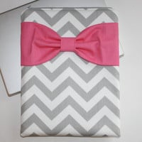 MacBook Pro, MacBook Air Case / Sleeve - Gray Chevron with Hot PInk Bow - Double Padded