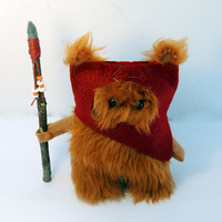 Star Wars Ewok Fur Ooak .12cm. Dark Red.