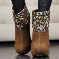 Speical Design Chain Decorated Leopard Pumps Brown : Wholesaleclothing4u.com