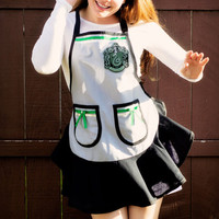Harry Potter Slytherin Apron by Bakingdom on Etsy