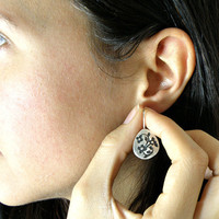 Miniature Flowers Sterling Silver Earrings Etched and Oxidized, Small Teardrop Silver Earrings, Floral Earrings