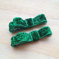 Set of small green glitter hair clips - Christmas hair bows