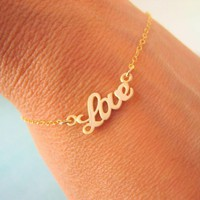Gold Love Bracelet on Luulla