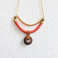 Tzunuum Fall Necklace - Coral - Wood, leather and rope