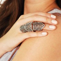 The Moroccan Princess Knuckle Ring by AKIRA
