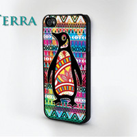 iPhone 4, iPhone 4s  - Colorful Arctic Penguin - iphone 5 cases