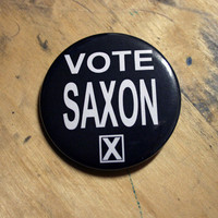 Bayleaf Buttons — Large Vote Saxon