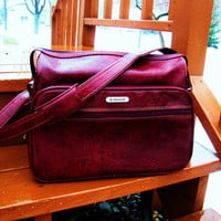 vintage vegan dark red Samsonite overnight bag. weekender bag. oxblood red bag. retro bag.