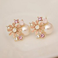 Eye-catching Flower Pearls Pink Ladies Earrings : Wholesaleclothing4u.com