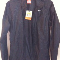 BNWT Nike Windbreaker Waterproof Zip-Up Jacket | Womens Small