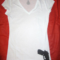 Womens Tucked Gun Shirt