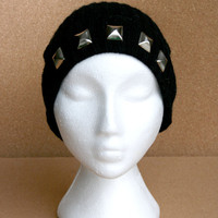 Black Colored Big Pyramid Silver Studded Knit Beanie
