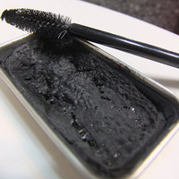 Black Cake  Mascara / Mineral /  Vegan / With Mascara Brush / Long  Lasting