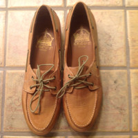 New Vintage Tan Lace-up Loafers