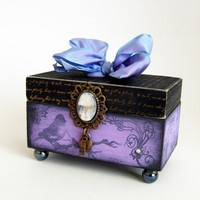 Trinket box / Bird watcher Keepsake Box