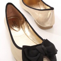 Gold Shimmer Fabric Bow Accent Closed Toe Flats @ Amiclubwear Flats Shoes online store:Women's Casual Flats,Sexy Flats,Black Flats,White Flats,Women's Casual Shoes,Summer Shoes,Discount Flats,Cheap Flats,Spring Shoes,Cute Flats Shoes,Women's Flats Shoes,S