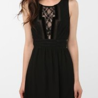 UrbanOutfitters.com > Staring at Stars Chiffon Geo Trim Dress