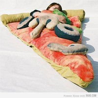 9GAG - Pizza Sleeping Bag