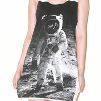 Astronaut Edwin Aldrin on Lunar White Women Top Moon Galaxy Shirt Tank Top Singlet Tunic Sleeveless Indie Pop Rock T-Shirt Size S