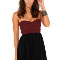 Missguided - Hetty Contrast Bandeau Dress In Burgundy
