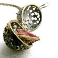$25.83 Rosebud and wish box necklace pendant  pirate by liliFunambule