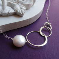 Eternity necklace Three intertwined rings sisters by BriguysGirls