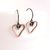 Copper heart earrings Patinated oxidized, minimalistic, rustic, hypoallergenic, wirewrapped
