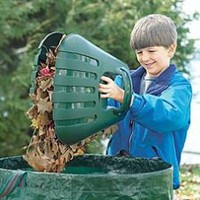 Leaf-Gathering, Heavy-Duty Plastic Bear Claw Scoops for Yard Work