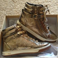 Michael Kors Metallic Gl...