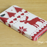 Reindeer cross stitch print iPhone 4 case / Nordic by WrapAll