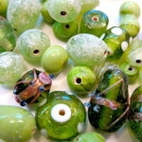 50 Qty 6 - 20mm Indian Glass Beads .. on Luulla