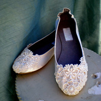 Ivory Wedding Flats - Lace Bridal flats - Size 7 - SALE