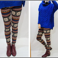 Colorful Nordic pattern. Snowflake Leggings  from Sandysshop