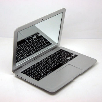 Mirror, Mirror On The Mini MacBook Air | Incredible Things