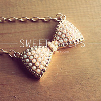 Pearl Big Bow Gold Necklace
