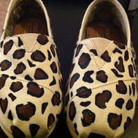 Cheetah Print Toms