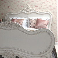 Classical White Bella Bed - Sweetpea & Willow London