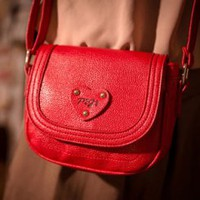 Wholesale French style cheap messenger bags with love shape TW-2526R - Lovely Fashion