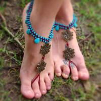 Macrame Barefoot Sandal Anklet with Howlite beads Flower pendant Yoga belly dance Beach hippie boho gypsy festival wedding