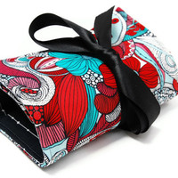 Make up bag organizer in Flower Swirl, Makeup roll, Cosmetic pouch, gift for her