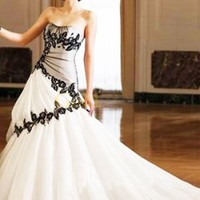 Ball Gown Strapless Scoop Beading Embroidery Taffeta Wedding Quinceanera Dress With Black Lace - US&amp;#36;228.99 - Goldwo.com